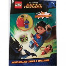 Super Heroes LEGO® Magazine - DC Comics. The Justice League